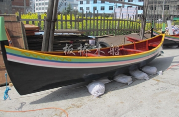 5米欧式尖头木船